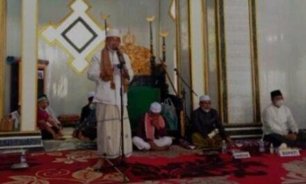Bupati Beserta Wakil Bupati Tanjabbarat Hadiri Peringatan Isra' Mi'raj Di Masjid Maqbulin
