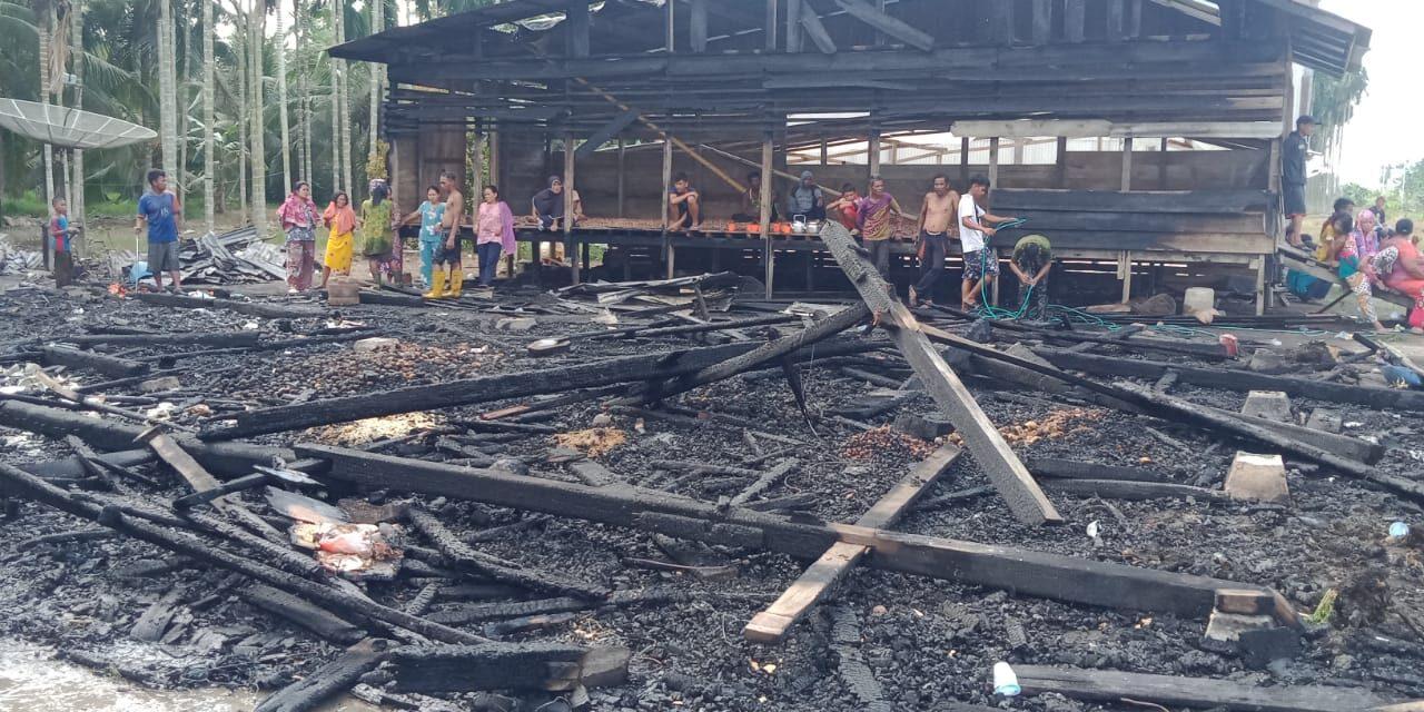 Bhayangkari Polda Dan Poresta Jambi Bersama Bhayangkari Polres Tanjabtim Beri Bansos