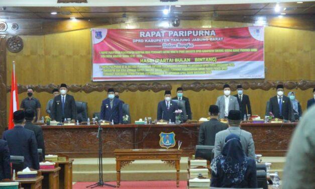 Bupati Dan Wabup Tanjab Barat Ikuti Rapat Paripurna DPRD Dengan Agenda Sumpah Janji PAW Hasbi PBB