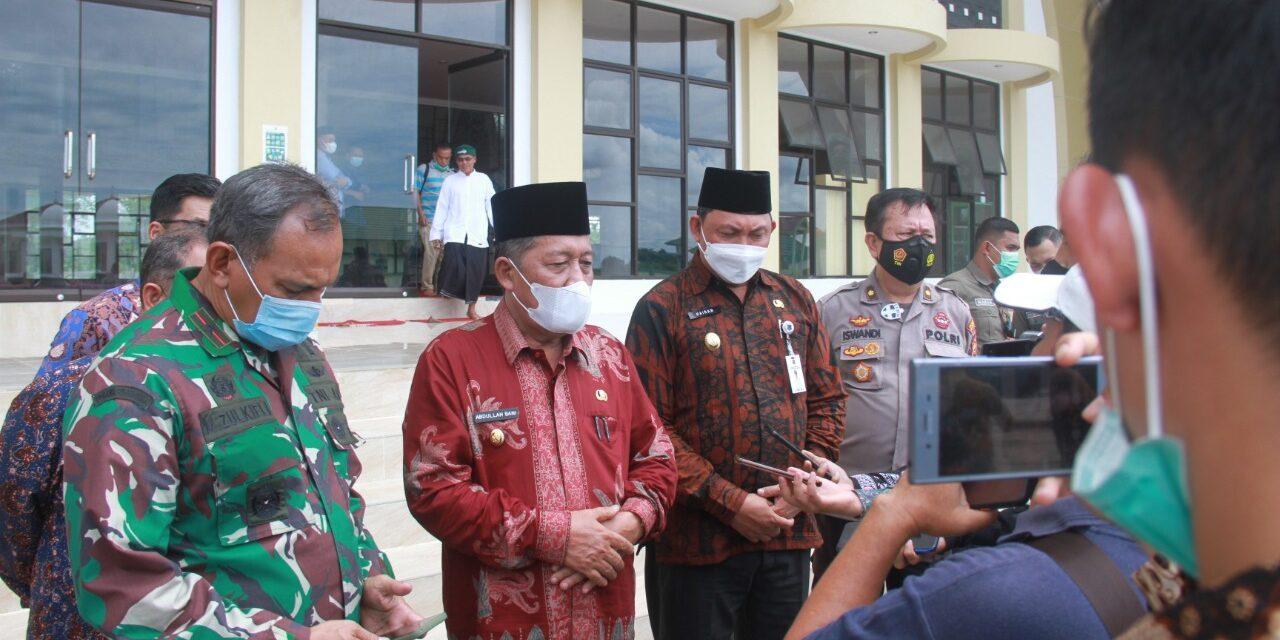 Wakil Bupati Tanjabbar dampingi Wakil Gubenur jambi tinjau persiapan MTQ tingkat Provinsi Jambi