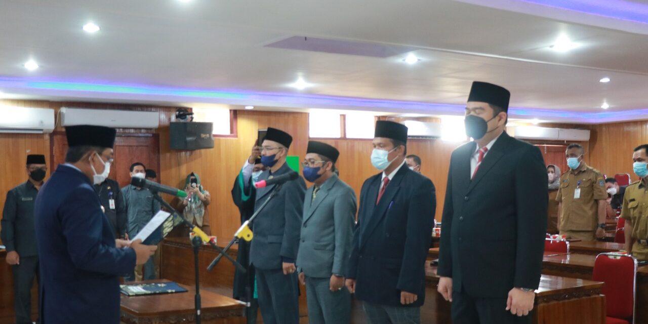 Bupati Tanjab Barat Lantik 4 Pejabat Struktural di Lingkungan Pemkab Tanjabbar