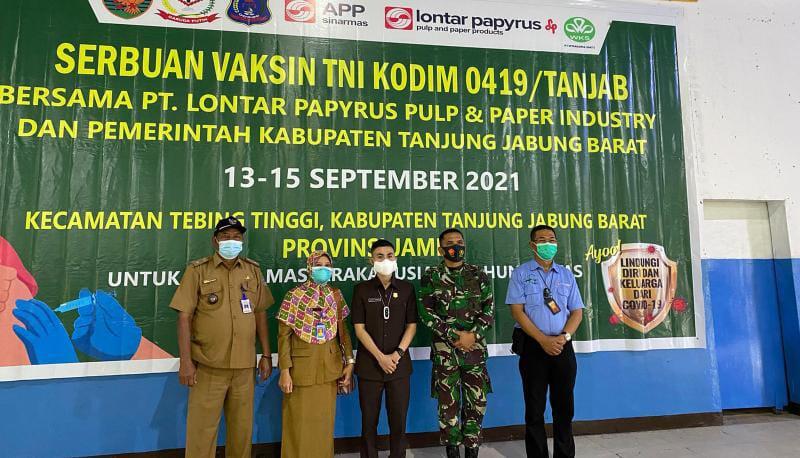 TNI Gelar Serbuan Vaksin di Tebing Tinggi, Anggota DPRD Tanjabbar Tubagus Ryan Hermawan : Masyarakat Sangat Antusias Ikut Vaksin
